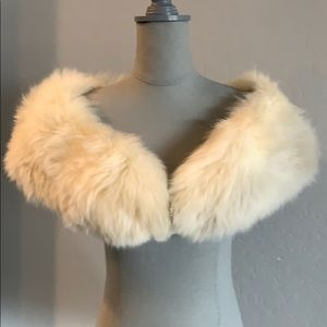 Vintage Cream Fox Fur Stole & Cuffs